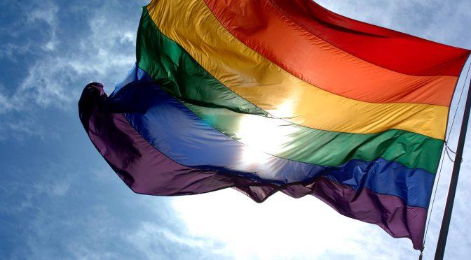 """Homofeindlichkeiten @UniWien """"Love is never wrong! Küssen gegen Homofeindlichkeit"""""""